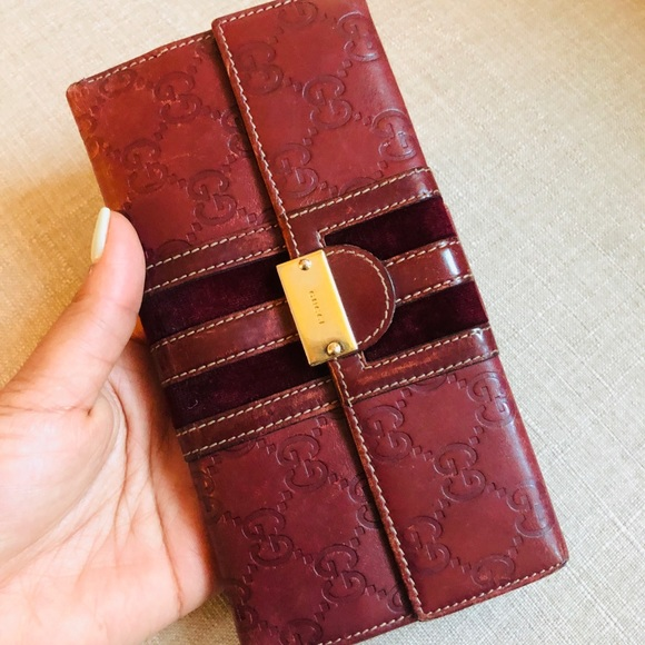Gucci Handbags - Authentic Gucci Large Leather Wallet